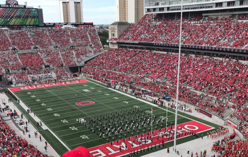 5 Things to Know Going to Your First Football Game